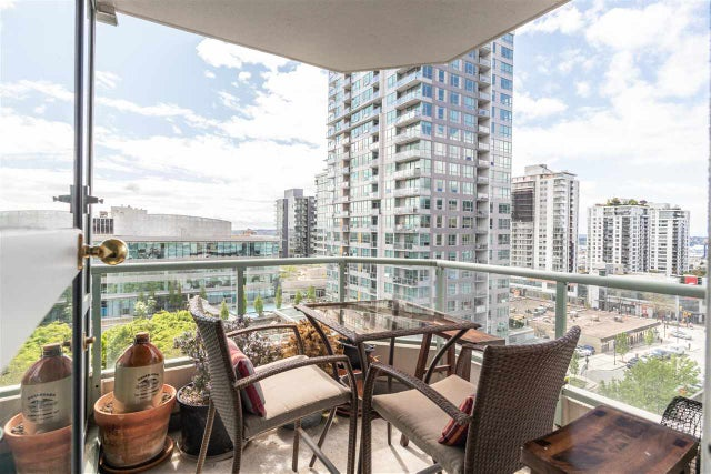 904 140 E 14TH STREET - Central Lonsdale Apartment/Condo for sale, 1 Bedroom (R2452707) #1