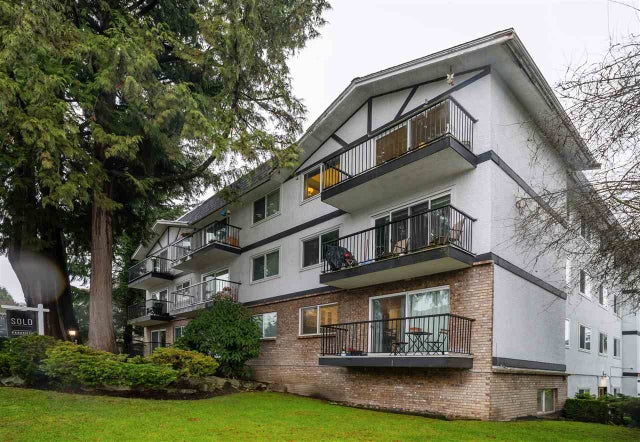 301 157 E 21ST STREET - Central Lonsdale Apartment/Condo for sale, 2 Bedrooms (R2523003) #1