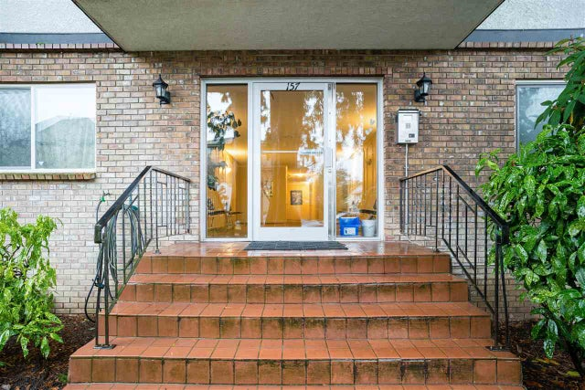 301 157 E 21ST STREET - Central Lonsdale Apartment/Condo for sale, 2 Bedrooms (R2523003) #2